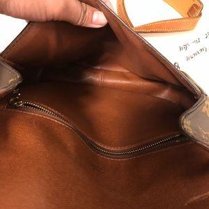 Louis Vuitton Bags - Louis Vuitton St. Cloud GM